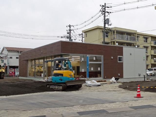 ファミリーマート 松江東津田店