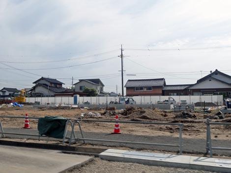 ファミリーマート 斐川新川店?