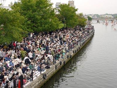 平成21年ホーランエンヤ 渡御祭の見物客