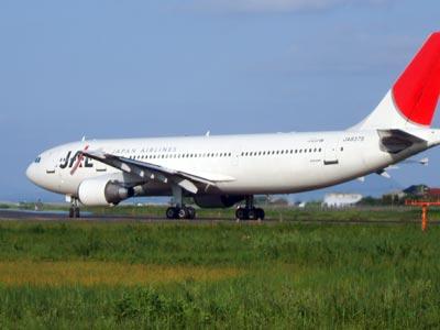 出雲空港ビューポイント JAL機の離陸