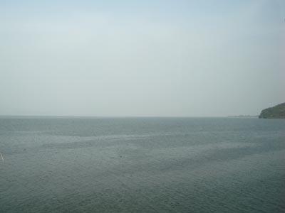 2009年黄砂 宍道から松江を望む