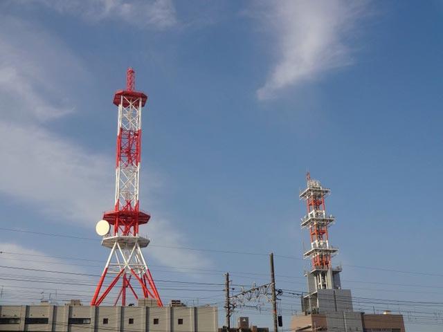 NTT西日本島根支店ビルの電波塔