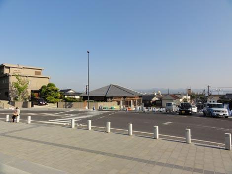 勢溜前東側の新店舗(めのや・阿国茶屋)