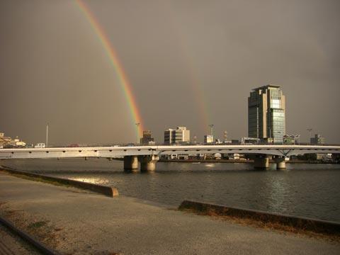 宍道湖大橋と二重虹
