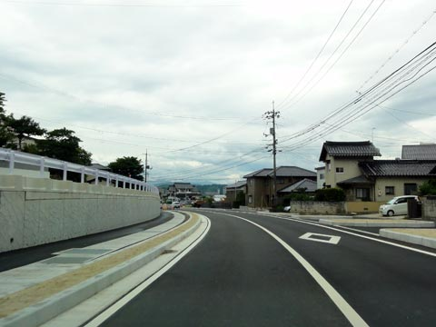 楽山公園入口付近の道路拡幅