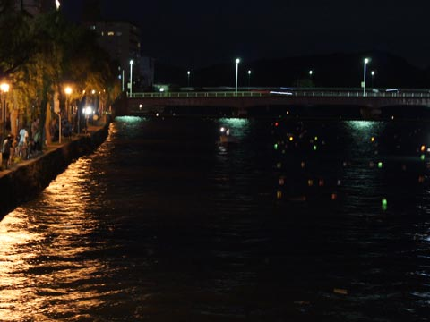 松江とうろう流し