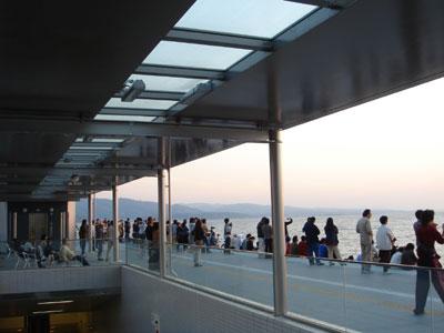 宍道湖夕日スポット 大賑わい