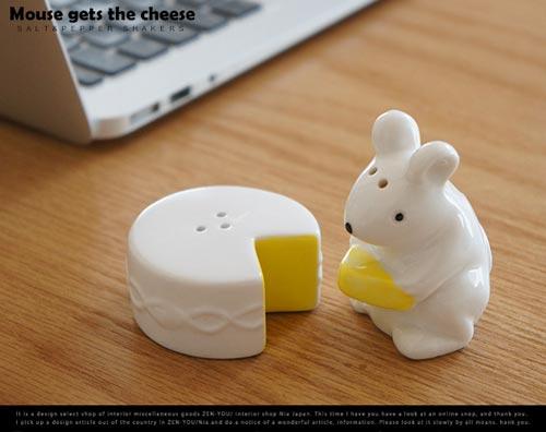 チーズを食べるネズミをモチーフにしたカワイイsalt&pepper