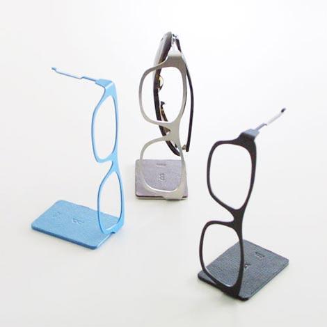 ミニマルで高級感のある眼鏡型眼鏡ハンガー FLOW メガネハンガー