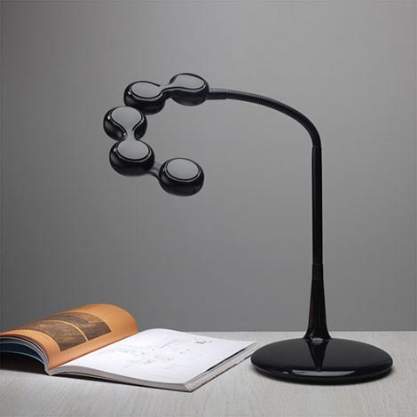 FreeStyle LED DeskLamp(フリースタイルLEDデスクランプ)