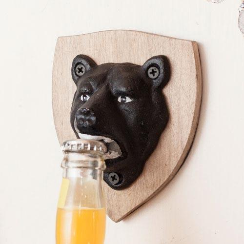 熊が栓をかじり開ける!キッカーランド magnetic bear bottle opener(マグネティックベアボトルオープナー)