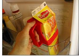 紙パック飲料の必需品 BRIX「SNUPPERTミルクホルダー」