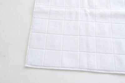±0(プラスマイナスゼロ) Tile Towel(タイル・タオル)
