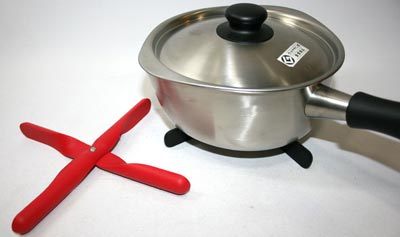 menu(メニュー)鍋敷き プロペラトリベット
