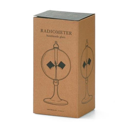オブジェのような実験器具(ラジオメーター)Radiometer