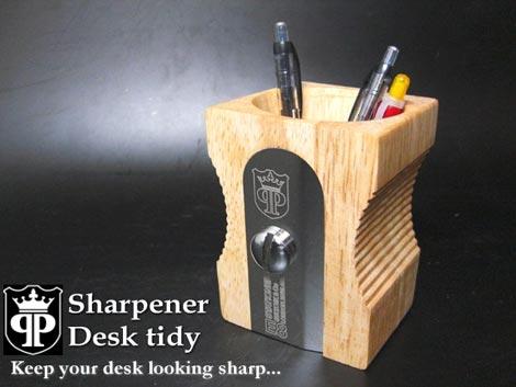 suck UK(サックユーケー)「Sharpener Desk tidy(シャープナー デスク ティディ)」