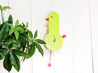 IDEA「Swing Bird Clock(スウィングバードクロック)」