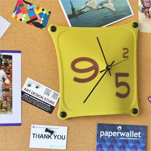 シリコンラバー製の不思議な掛け時計 THE CHARLES COLLECTION CLOCK(チャールズコレクションクロック)