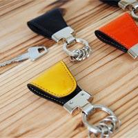 バッグのポケットに磁石でクリップ Key Clip