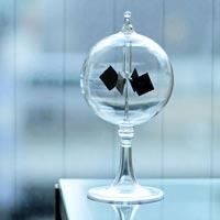 オブジェのような実験器具 Radiometer