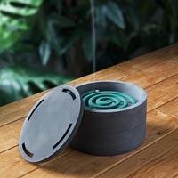 湿気から守る ミニマルなデザインの蚊やり+蚊取り線香ケース